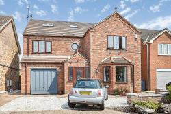 Detached House For Sale  Hull East Riding of Yorkshire HU7