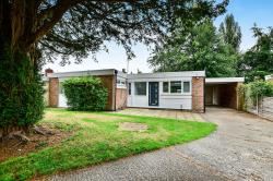Detached Bungalow To Let  Wilmslow Cheshire SK9