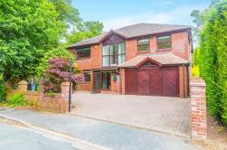 Detached House To Let  Wilmslow Cheshire SK9
