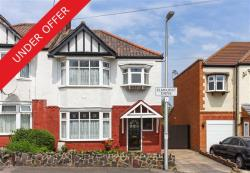 Semi Detached House For Sale  South Woodford Greater London E18