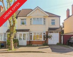 Terraced House For Sale  South Woodford Greater London E18