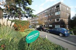 Flat To Let Churchfields South Woodford Greater London E18