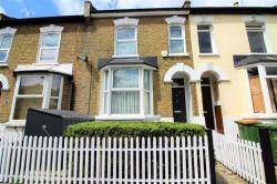 Terraced House To Let Stratford London Greater London E15