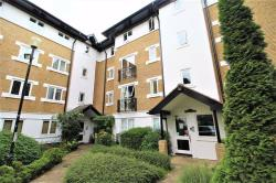 Flat To Let  Snaresbrook Greater London E11