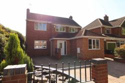 Detached House To Let  Dudley West Midlands DY2