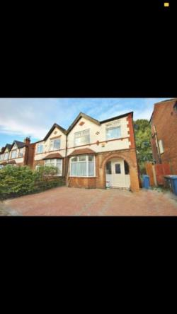 Semi Detached House To Let  Nottingham Nottinghamshire NG2