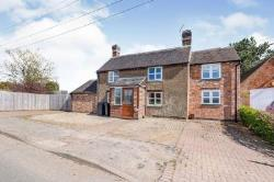 Detached House To Let  Nuneaton Leicestershire CV13