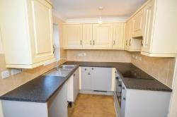 Semi Detached House To Let  Lincoln Lincolnshire LN5