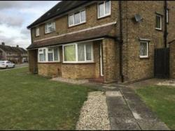 Semi Detached House To Let  SOUTHEND-ON-SEA Essex SS0