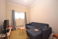 Terraced House To Let  London Greater London E17
