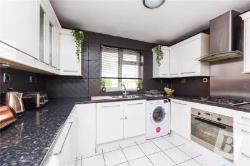 Flat To Let  London Essex RM10