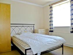 Detached House To Let  Edmonton Greater London N9