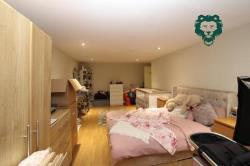 Flat To Let  London Essex IG11