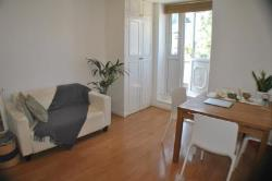 Flat To Let Colville Gardens London Greater London W11