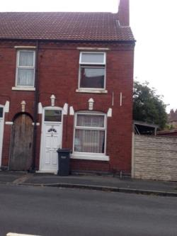 Terraced House For Sale Cradley Heath Dudley West Midlands B64