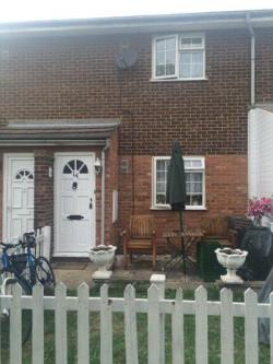 Terraced House To Let  Hounslow Middlesex TW3