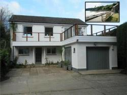 Detached House For Sale Cwm-yr-Eglwys Dinas Pembrokeshire SA42
