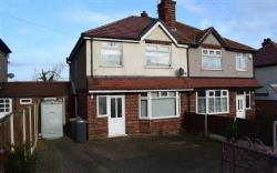Semi Detached House To Let  South Normanton Derbyshire DE55