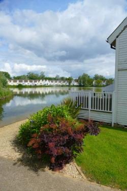 Semi Detached House For Sale South Cerney Cirencester Gloucestershire GL7