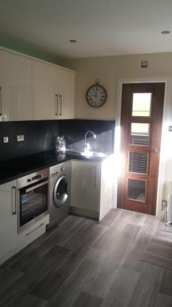 Flat To Let Farnley Leeds West Yorkshire LS12