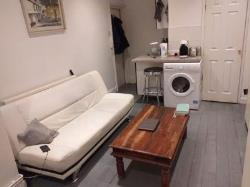Maisonette To Let  LONDON Greater London NW2