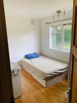 Room To Let ilford ilford Greater London IG6